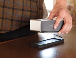 SoundLink Mini in hand