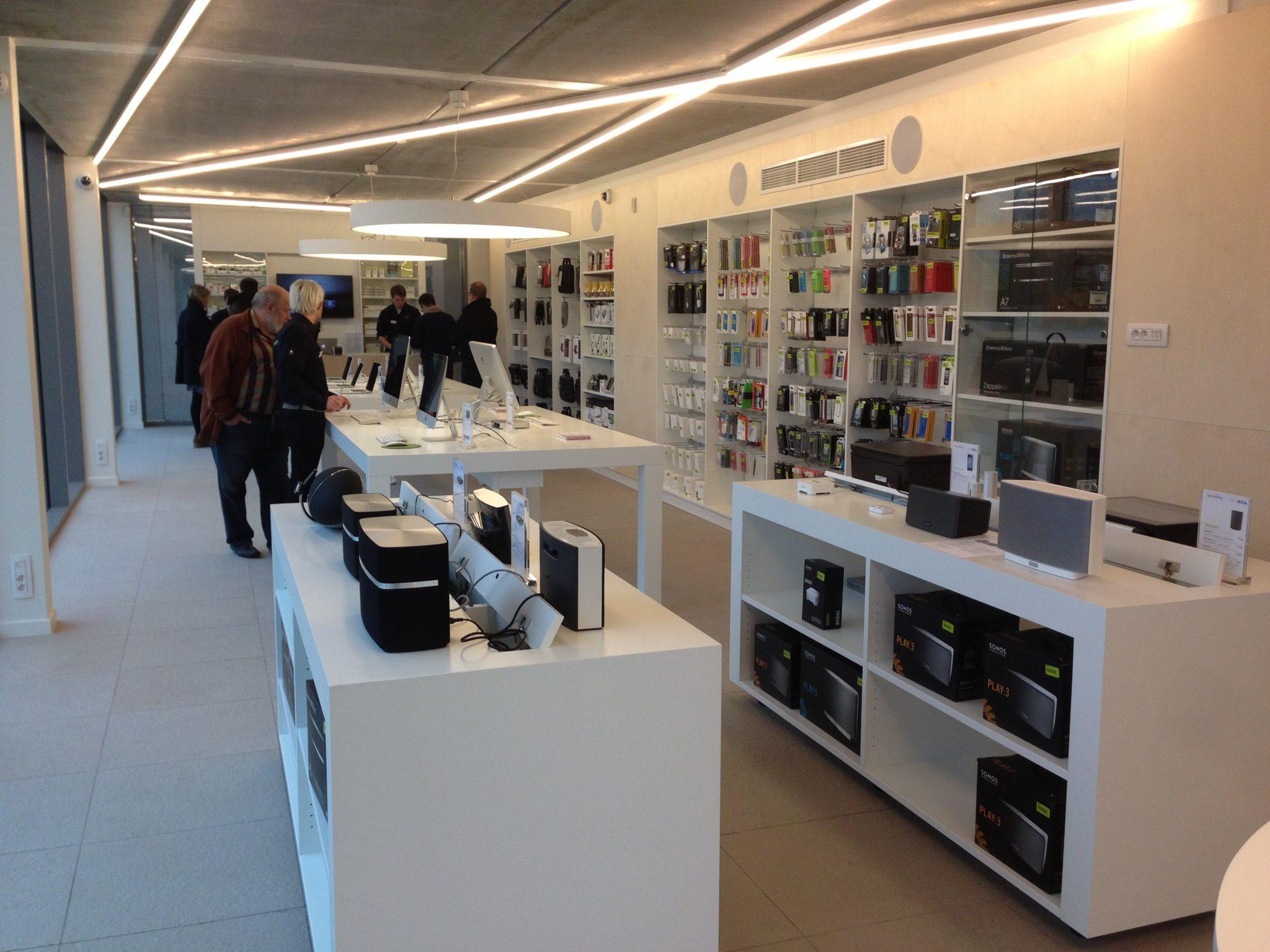 Switch latem geopend apple nieuws vlaanderen - Makers van het interieur ...