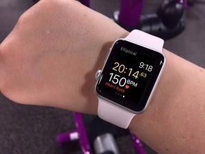 workout-apple-watch-metrics-hero
